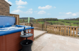 Photo of the hot tub at High Croft on the Yorkshire Coast