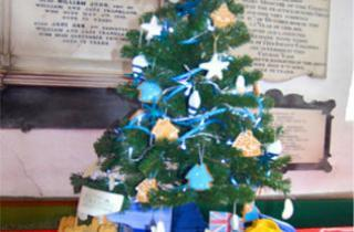 This is an image of the Ingrid Flute Christmas tree