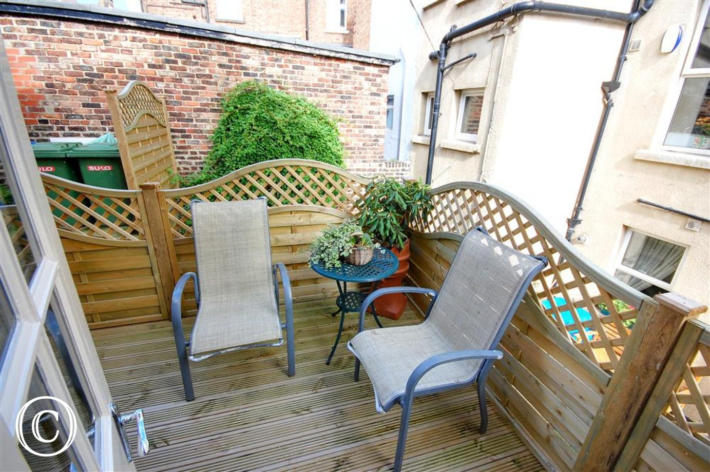 Lovely outdoor decking area, perfect for that evening drink!