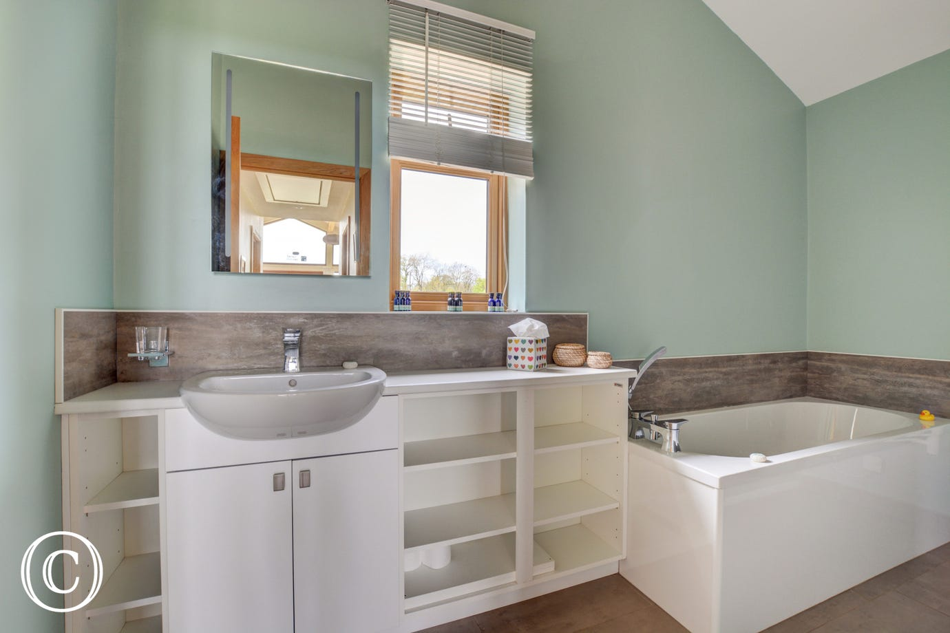 Spacious, light and airy bathroom