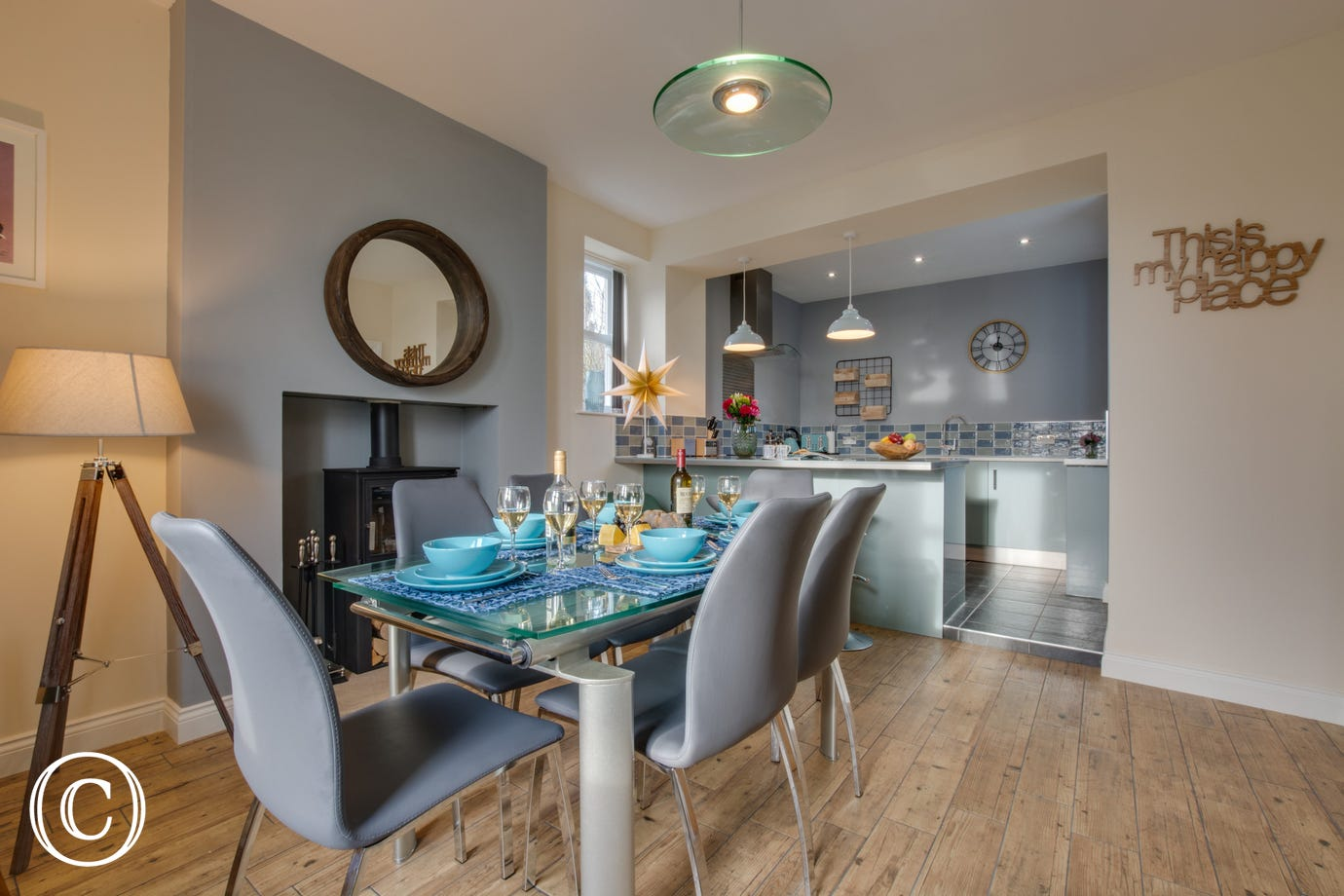 Kitchen dining room, well equipped and a great social room for entertaining