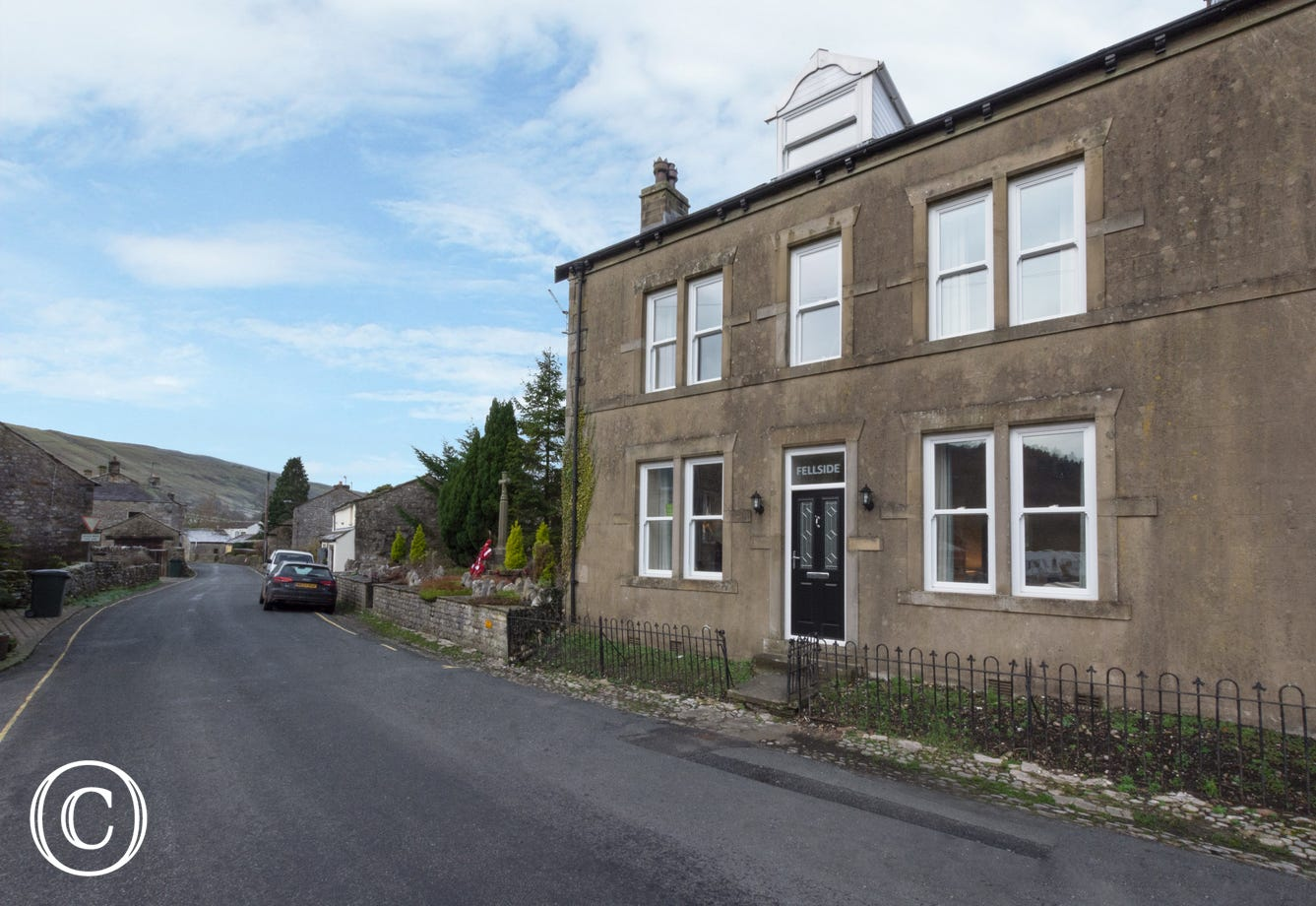 Double fronted property in Kettlewell, Fellside sleeps up to 8 in 4 bedrooms