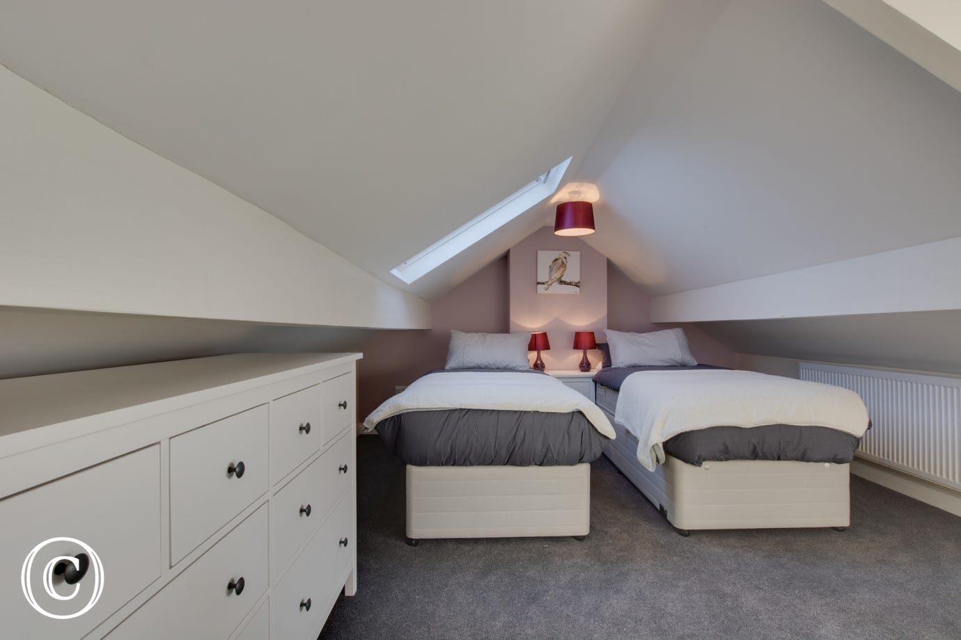 Twin bedroom 3 with Zip & Link beds