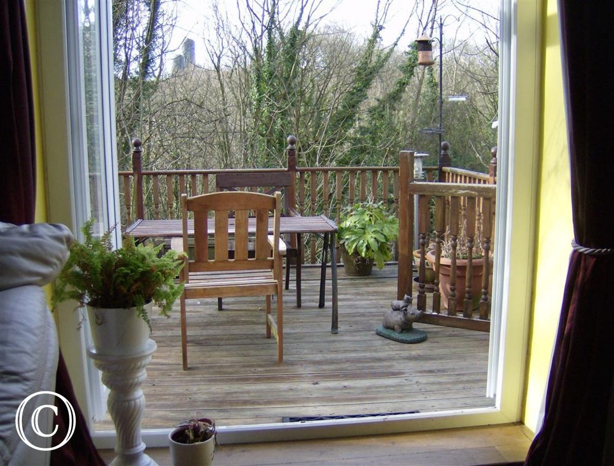 Plenty of space for sitting out on the balcony. Perfect for those warm Summer evenings!