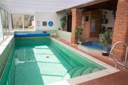 Image of the swimming pool at Swift Cottage