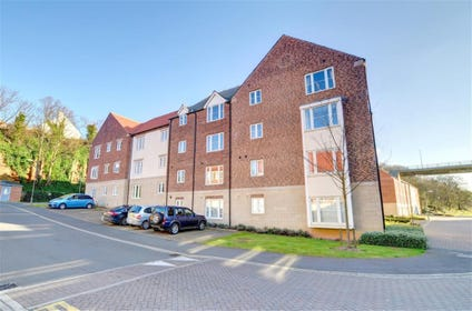 The property is ideally located close to the centre of Whitby.